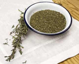 Zoom sur la Sarriette : herbe pour grillades