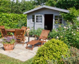 5 bonnes raisons d'acheter un chalet en bois pour son jardin