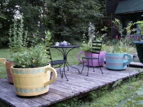Des tonneaux au jardin ou dans la véranda : une jardinière déco facile à créer !